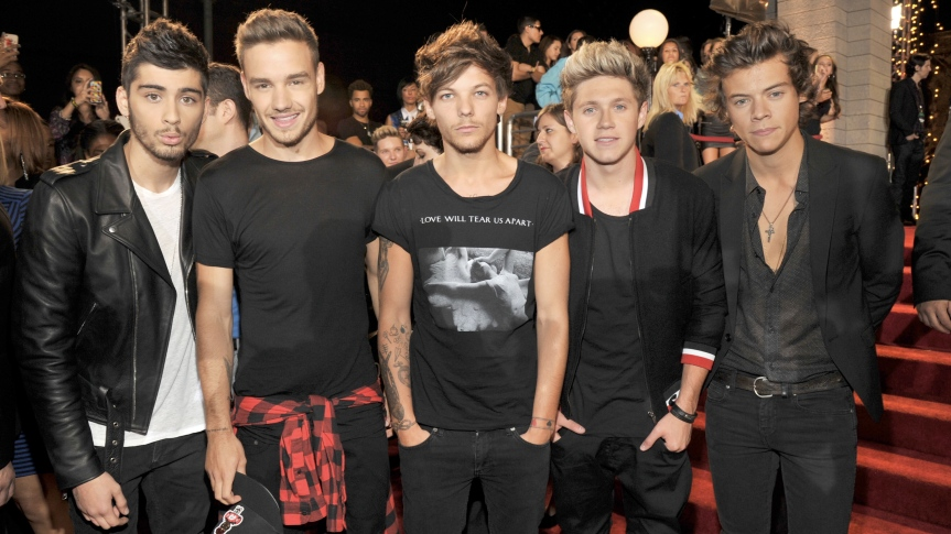 One Direction Makes History on U.S. Album Chart, Toppling TaylorSwift